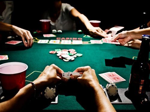 A Review of Some Popular Poker Party Supplies